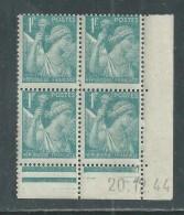 France N° 650 XX Type Iris 1 F. Bleu Clair En Bloc De 4 Coin Daté Du 20 . 12 . 44 , Sans Point Blanc Sans Charnière, TB - 1940-1949