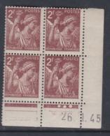 France N° 653 XX Type Iris 2 F. Brun En Bloc De 4 Coin Daté Du 26 . 1 . 45 , 3 Points Blancs Sans Charnière, TB - 1940-1949