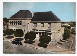 SAINT CYR L'ECOLE -- La Poste ( Voiture Peugeot 203) .....à Saisir - St. Cyr L'Ecole