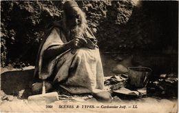 PC JUDAICA JEWISH TYPES Cordonnier Juif (a1293) - Jodendom