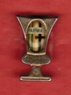 """Pins Vintage """"PARMA Calcio"""" Copertura Trasparente In Rilievo-formato Mm.14x20----(lotto 6129E) - Fussball"""