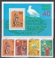 Vietnam 1985 - 40th Anniversary Of The End Of World War II, Mi-Nr. 1562/65+Bl. 35, MNH** - Vietnam