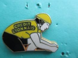 Pins Arthus Bertrand , CYCLISME , Tour De France , Maillot Jaune , CREDIT LYONNAIS - Arthus Bertrand
