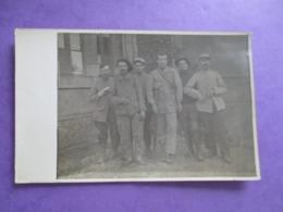 CPA PHOTO MILITAIRES POILUS BLESSES - Guerre 1914-18