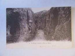 Guerre 14-18 - Le Boyaux D'Accès Au Bois En Hache (tranchée, Poilus) - Carte Animée, Non-circulée - Guerre 1914-18