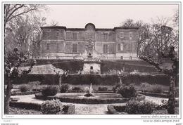 Cpsm Petit-Format  Réf-JP-Q-352 (  Dép-81- GAILLAC )   Le Château Et Le Parc - Gaillac