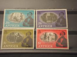 ANTIGUA - 1970 DICKENS 4  VALORI - NUOVI(++) - Antigua Und Barbuda (1981-...)