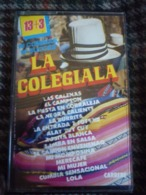 La Colegiala: 16 Cumbias-16 Succes/Cassette Audio-K7 Carrere 73073 - Audiocassette