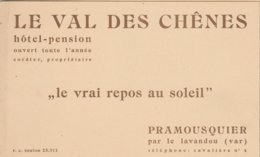 DEPLIANT...LE VAL DE CHENES...HOTEL-PENSION A PRAMOUSQUIER PAR LE LAVANDOU (VAR). - Folletos Turísticos