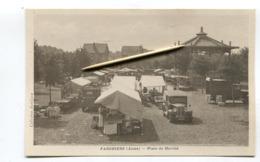 CPA  02 : FARGNIERS   Place Du Marché Animée   A  VOIR   !!!! - Autres Communes