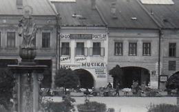 Zilina ,   Sklo - Porcelan , MUSIKA   ..... Pohladnica  Je  Orezaná Na  136 X 86 Mm - Eslovaquia