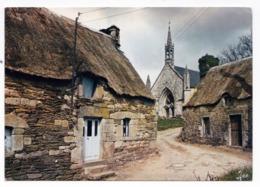 Vieilles Demeures Et église De Bretagne - France