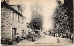19 LAGRAULIERE  Le Foirail - Frankrijk