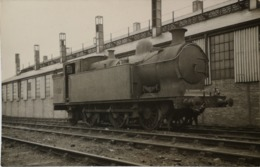 U. K. // Steam Train (Steamloc) // No 62. 19?? E - Trains
