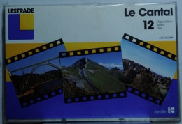 LE CANTAL      : POCHETTE DE 12 DIAPOSITIVES LESTRADE SUR FILM KODAK - Diapositives (slides)
