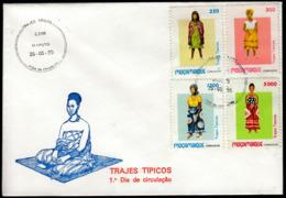 Mozambique 1995 / Women's National Costumes, Culture - Costumi
