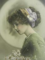 CPA  FILLETTE   Jolie   Grete Reinwald   Détails Repeints - Portraits
