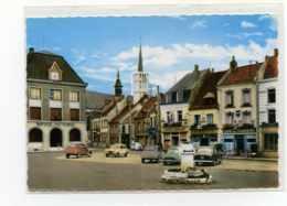 Saint-Pol-sur-Ternoise. Place Du Marechal Leclerc Edit Mage N°3E Peugeot 403 Renault 4cv 4L Citroen 2cv  Oldtimer - Saint Pol Sur Ternoise