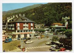 - CPSM AX-LES-THERMES (09) - La Place Du Breilh 1977 - L'hôtel Royal Thermal, Le Casino - Editions Larrey 1842 - - Ax Les Thermes
