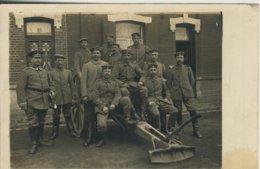 Nähe Tilsit V. 1915 Soldatengruppe Vor Einem Gebäude  (58305) - Ostpreussen