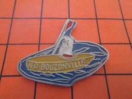 1019 Pin's Pins : BEAU ET RARE : Thème SPORTS / NG BOUZONVILLE CANOE KAYAK - Kano