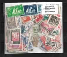 Colonies Francaises Un Lot De 200 Timbres Neufs. - Sellos