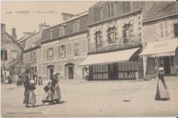 56 Larmor Place De L'église Nombreux Commerces épicerie Café Restaurant Tabac -48a - Larmor-Plage