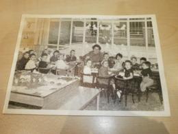 Photo De Classe Ancienne 1963 Photo Réalisée Par Fernand Backes  Verviers - Anonyme Personen
