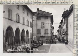 CASTELFRANCO DI SOTTO PISA PIAZZA  R. BERTONCINI ANIMATA + AUTO 1958 - Pisa