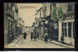 44  ANCENIS       Le Haut De La Rue De La Gare Animée... - Ancenis