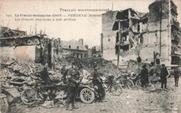Militaire Guerre 1914 1918 Peronne Somme Les Troupes Anglaises à Leur Arrivée Moto Motocyclette Motocycliste - Guerra 1914-18