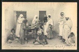 CPA Laghouat, Dispensaire Des Soeurs Blanches, Nonnen Behandeln Menschen - Laghouat