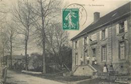 CPA 51 Marne Etoges La Gendarmerie - Francia