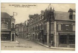 Carte Postale Ancienne Montdidier - Place De L'Hôtel De Ville (Entrée De La Rue De Roye) - Montdidier