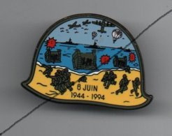 Pin's Militaire Scène De Débarquement En Normandie, Dos Black Par Clin D'oeil Beloeil....BT14 - Army