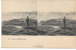 CPA LOIRE-ATLANTIQUE 44 La Côte à PREFAILLES    Carte Stéréo édt M LiIle N° 50 (1 Défaut Au Bord Sinon Bon ) - Préfailles