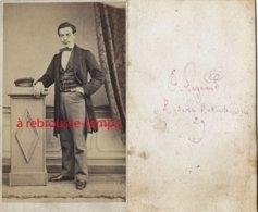 CDV Vers 1868-  Homme élégant-photo E. Legrand Rue De La Roquette (Paris) - Old (before 1900)