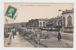AC167 - DEAUVILLE - Boulevard De La Mer - Voitures Anciennes - Deauville