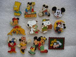 Lot De 12 Pin's BD Dont 7 De Fabrication DISNEY - Pins