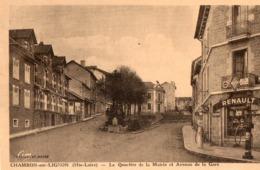 43. CPA. CHAMBON SUR LIGNON.  Quartier De La Mairie, Et Avenue De La Gare, Garage Renault, Pompes Essence Esso. 1939. - Le Chambon-sur-Lignon
