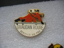Pin's GIVAUDAN ROURE, Service Du Feu - Pompiers