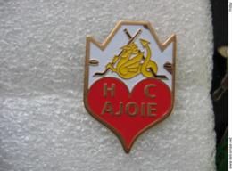 Pin's De L'équipe De Hockey Sur Glace Du HC Ajoie (Suisse) - Patinage Artistique