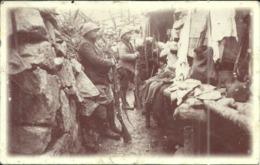 ( LAPOUTROIE  )(68 )( MILITARIA )( GUERRE ) DANS UNE TRANCHEE DE PREMIERE LIGNE A LA TETE DE FAUX - Guerre 1914-18