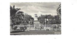 ALGERIE ALGER  L AVENUE PASTEUR LE MONUMENT AUX MORTS   ****   A SAISIR  ***** - Algiers