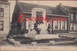 Balen Baelen Sur Nethe Nete Dorp Kempen ZELDZAAM Het Standbeeld WW1 WWI Memorial World War 1 I Foto Meuleman Rethy - Balen