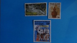 DJIBOUTI - 2 Timbres 1984 Et 1988 + 1 Timbre  Poste Aérienne 1989 Avec Belle Oblitération Centrale - Used - Gibuti (1977-...)