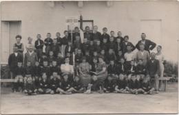 Fotografia Cm. 8,8 X 13,9 Con Istituto Zapparoli Lanificio Rossi Schio (Vicenza). Retro: Cesenatico (Forlì Cesena) - Persone Anonimi