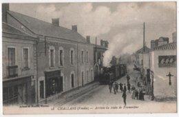 CPA 85 CHALLANS Arrivée Du Train De Fromentine - Challans