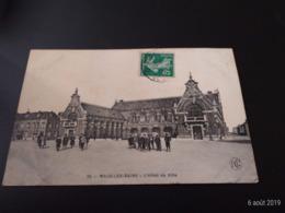 CPA (59) Malo Les Bains. L'Hôtel De Ville.  (H.370). - Malo Les Bains
