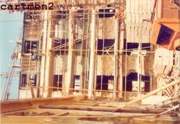 VERSAILLES 4 PHOTOS DE LA DESTRUCTION DE LA GENDARMERIE RUE D'ANJOU REFECTION CASERNE TRAVAUX METIER 78 YVELINES - Versailles